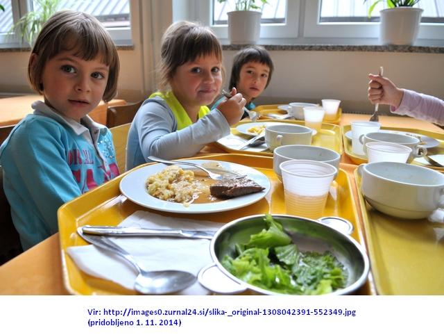 slovenija18.09.08...osnovna sola...majda vrhovnik...prehrana...osnovnosolci..prvi razred...jedilnica...ucenci...foto: anze petkovsek...